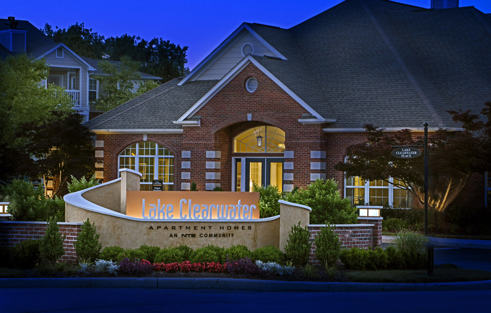Lake Clearwater Apartments - Indianapolis, Indiana